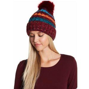 🦋Mix media knit faux fur pompon beanie🦋